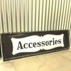 Accesories section